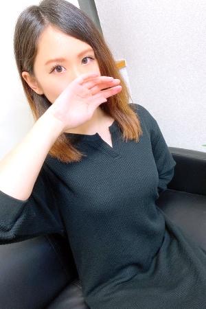 菜友美/なゆみ